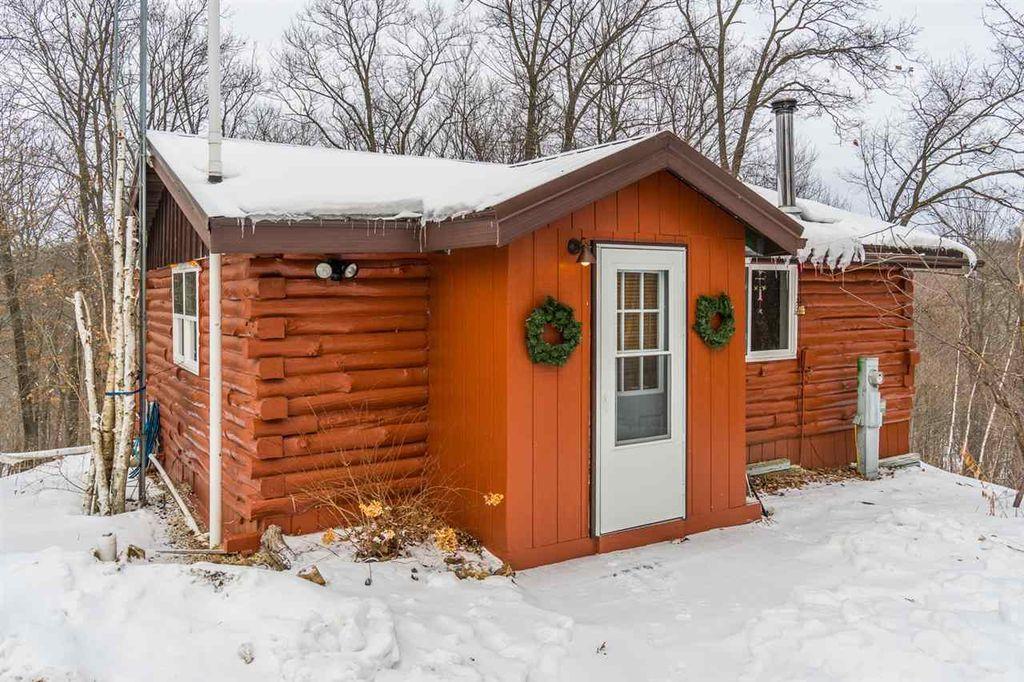 Dom drewniany, budowa domu krok po kroku