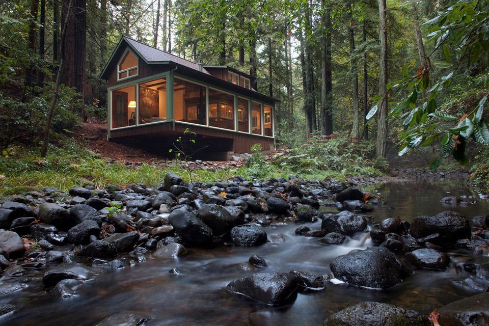 Mały domek w Kaliforni, budowa domu krok po kroku