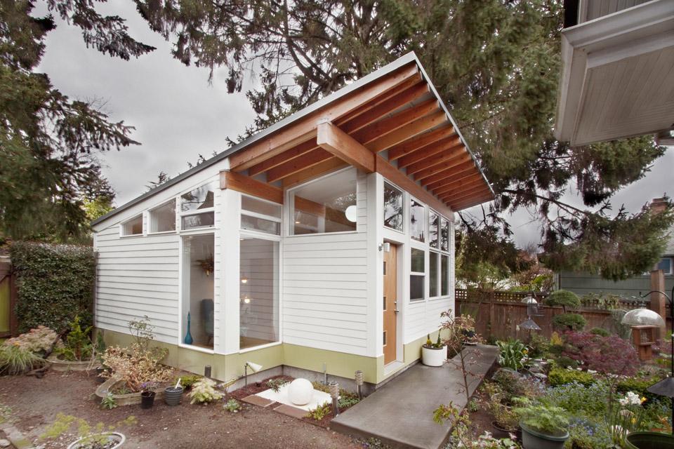 Mały dom, studio, budowa domu