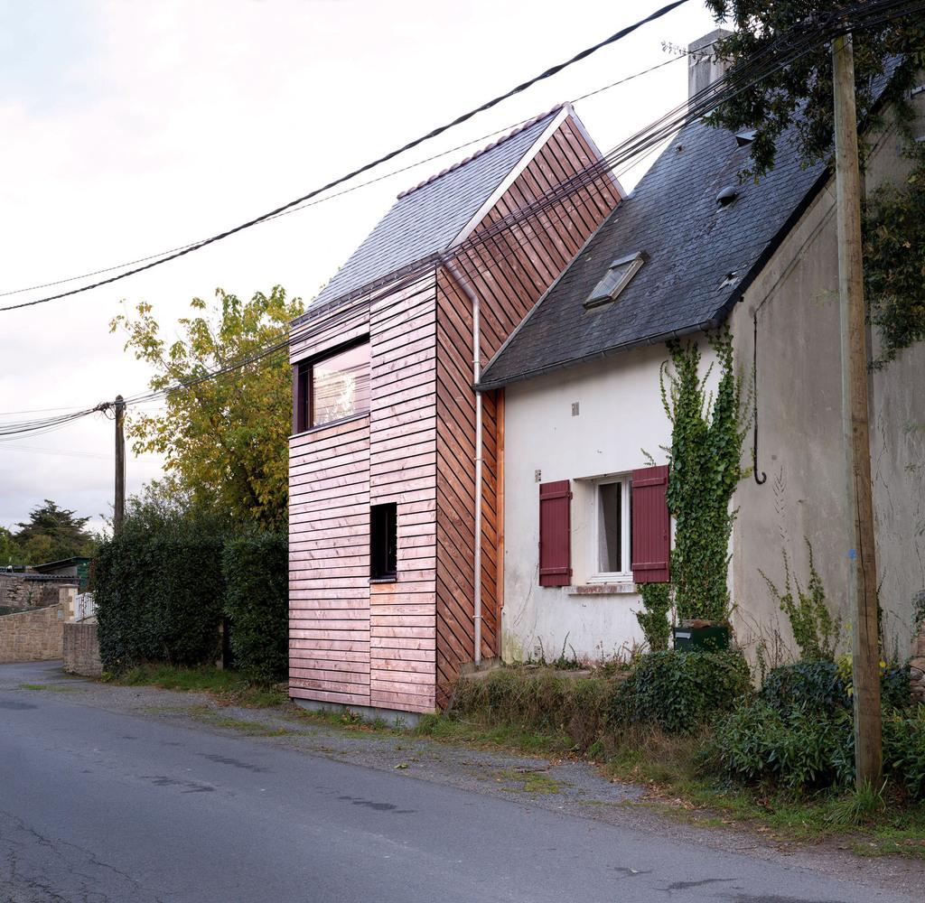 Dom bez pozwolenia na budowę, Francja, 40m2