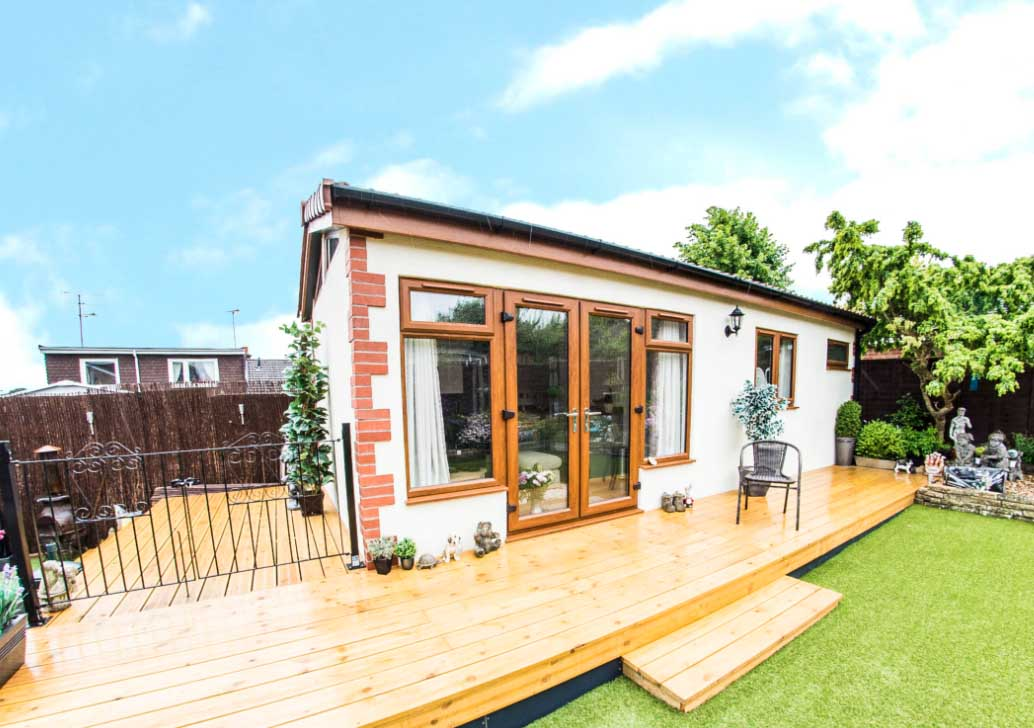 Dom bez pozwolenia na budowę, dom w UK