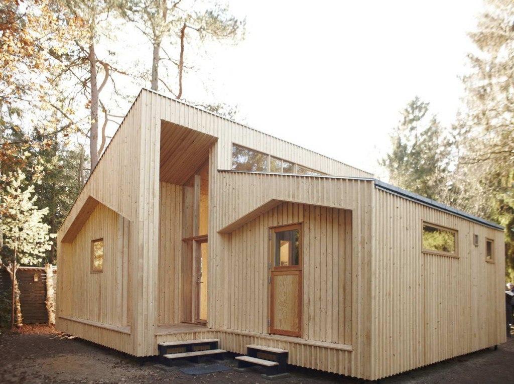 Dom z paczki, budowa domu