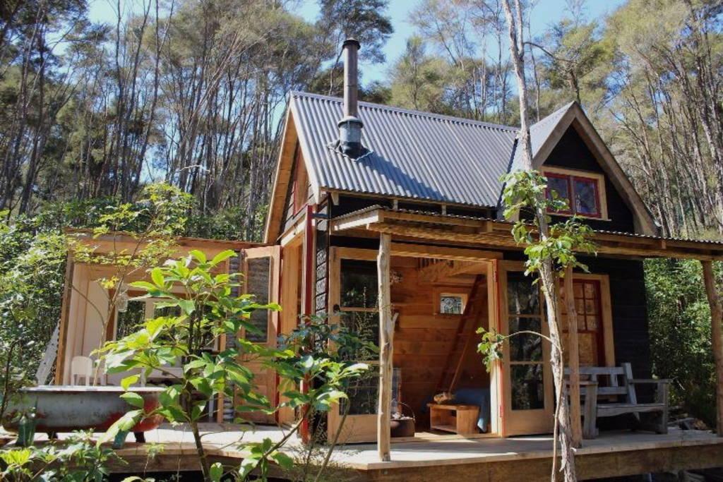 Mały przytulny domek, budowa domu
