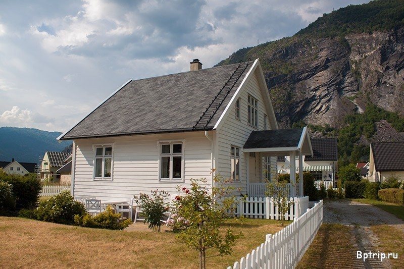Dom w norweskim stylu, budowa domu