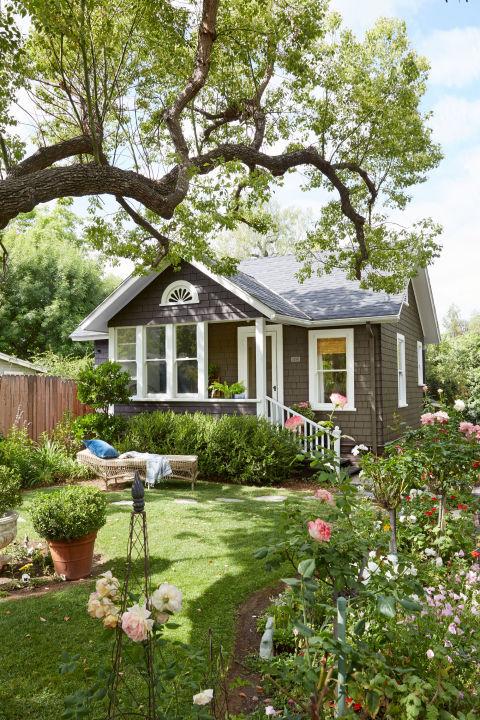 Mały przytulny dom, budowa domu