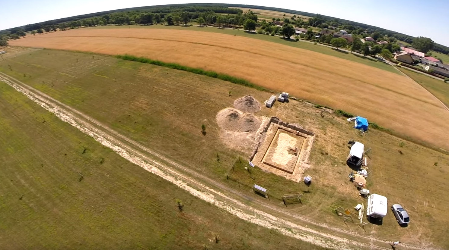 Poradnik budowy domu, odcinek 2, fundamenty