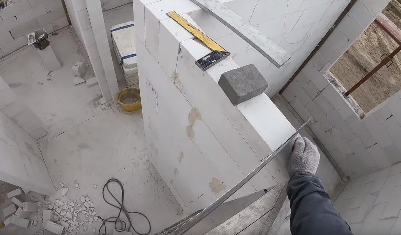 Poradnik budowy domu, odcinek 15, kończymy ściany działowe