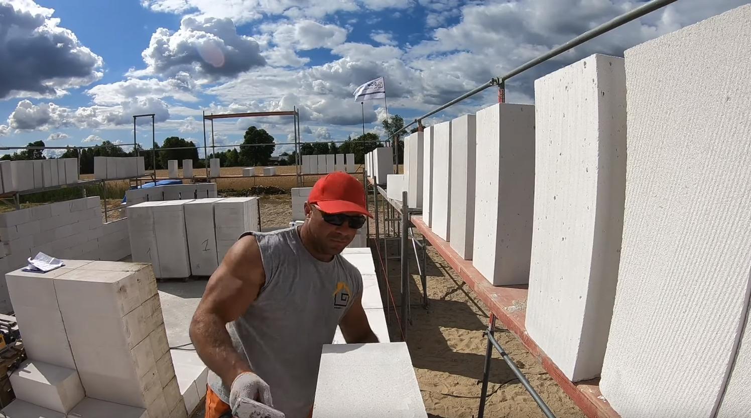 Poradnik budowy domu, odcinek 11, murowanie ścian nośnych z gazobetonu. Jak wymurować ściany? odcinek 3