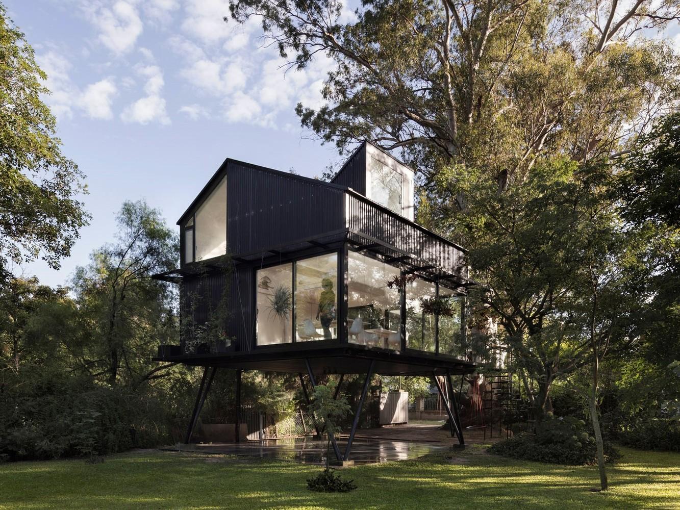 Dom bez fundamentu