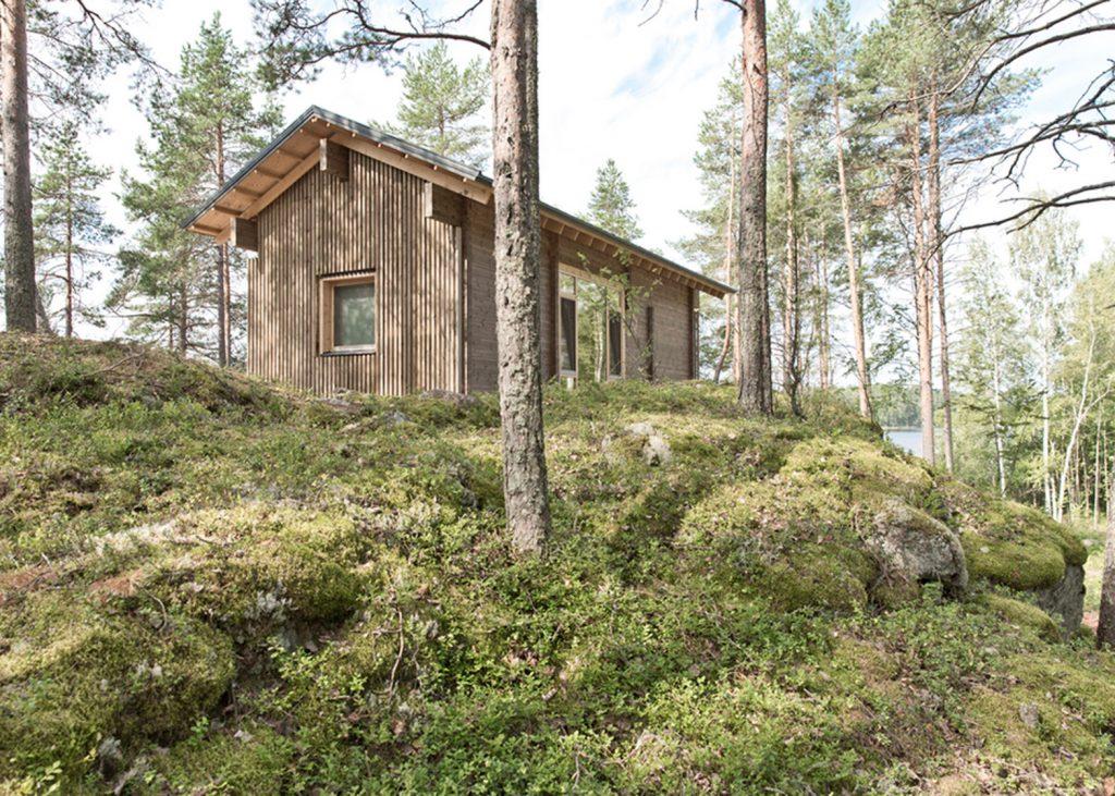 Drewniany mały domek