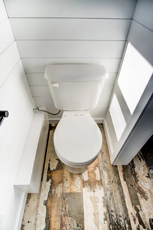 wc, domek mobilny